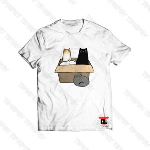 4 Cats in a Box Viral Fashion T Shirt